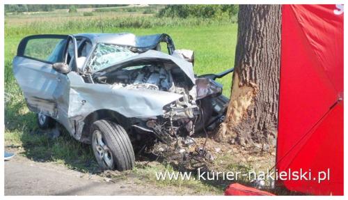 Tragiczny wypadek na trasie Nakło – Występ. Nie żyje 18 letni mieszkaniec gminy