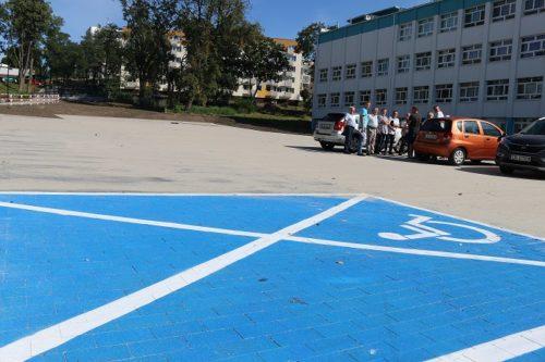Parking przy ul. Mickiewicza w Nakle. Od dzisiaj można bez przeszkód korzystać z obiektu