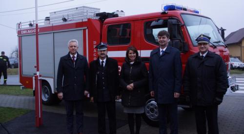 Nowy wóz będzie służył strażakom z Samsieczynka