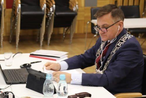 Burmistrz Nakła z absolutorium za 2019 rok. Radni byli jednomyślni