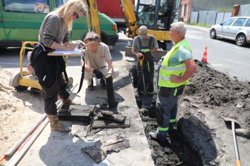 Ceramika i fragment ulicy? Nowe znaleziska podczas prac archeologicznych w Nakle